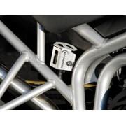 D070 Protector de depósito de frenos. TRIUMPH TIGER 800 10-14 / TIGER 800 XC 10-14