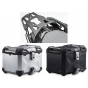 * TCTAD001 / TOP CASE. TRAX ADVENTURE (Negro/Plata) / ALU-RACK Negro. BMW R 1200 R/RS (15-), R 1250 R (18-).